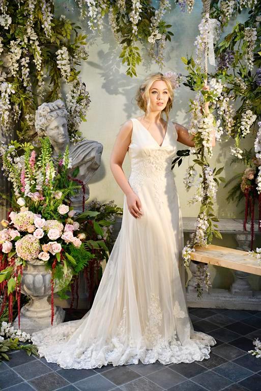 Allegria Wedding Dress - Terry Fox Siren Song 2015 Bridal Collection
