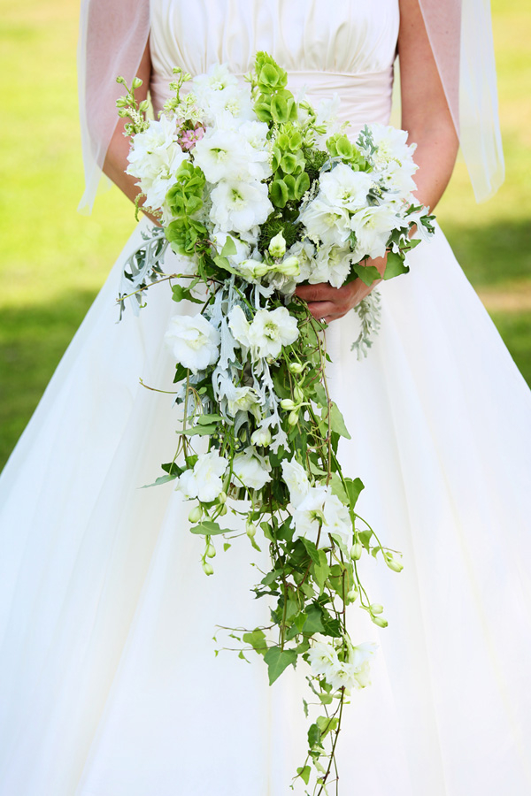 Bride's cascading bouquet