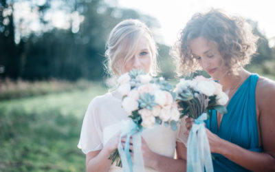 'Shades of Chic' Aqua and Peach Wedding Styling