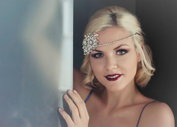 Woman with forehead chain - Bridal boudoir shoot