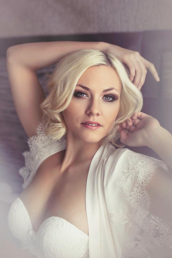 Woman with blonde hair - Bridal boudoir shoot
