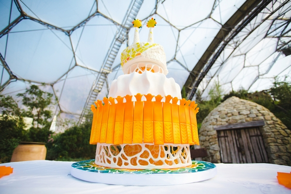 Wedding cake inspired by Gaudi