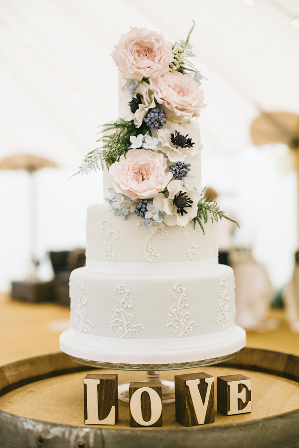 Wedding cake with Love letters