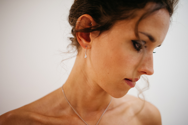 Bridesmaid's earring