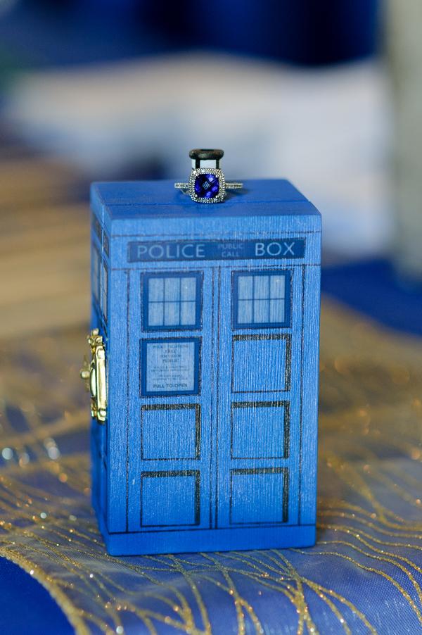 Doctor Who Tardis jewellery box