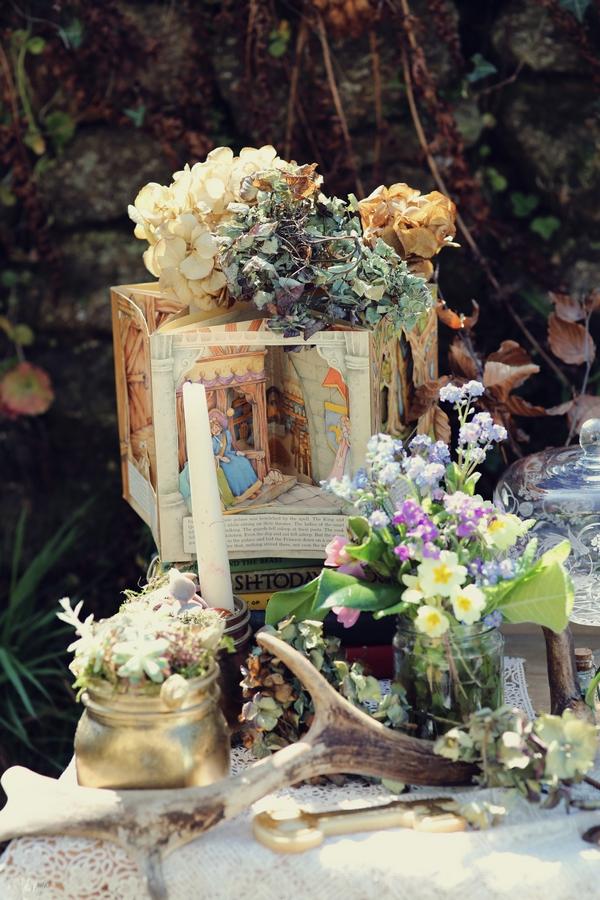 Fairytale wedding props