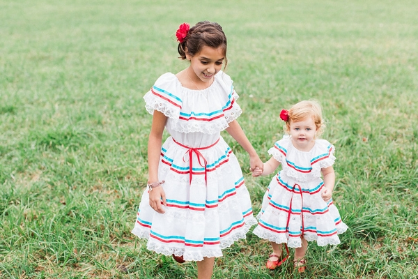 Flower girls in Spanish dresses
