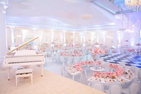 Qatar Royal wedding tables