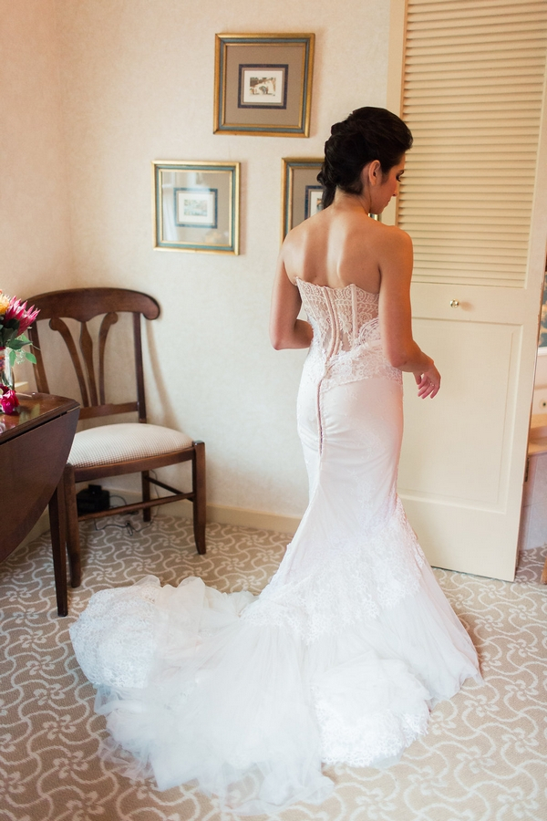 Back of bride's wedding dress