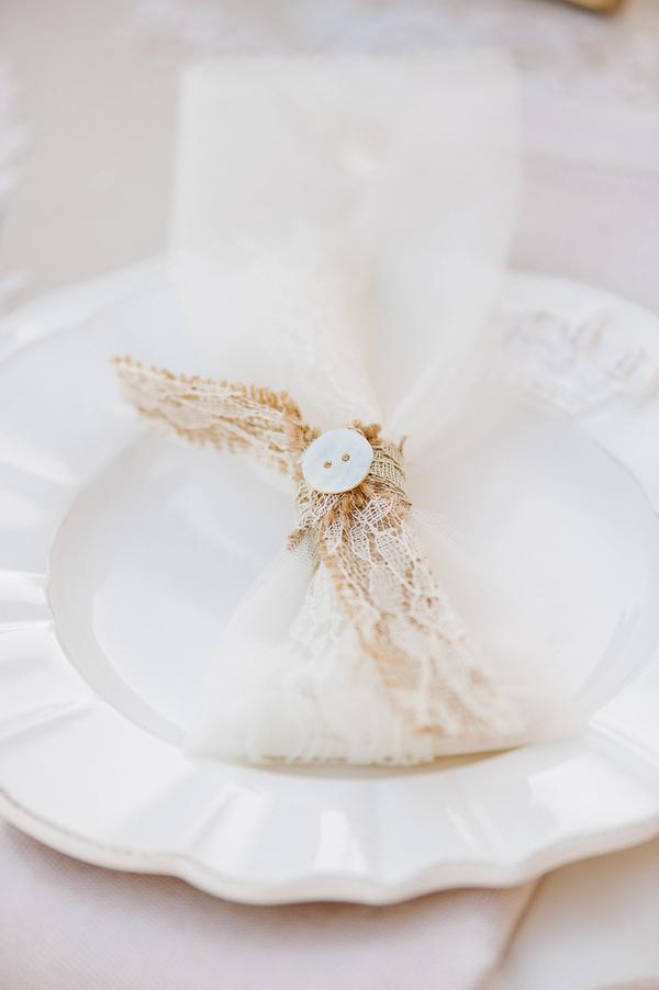 Lace bag wedding favour