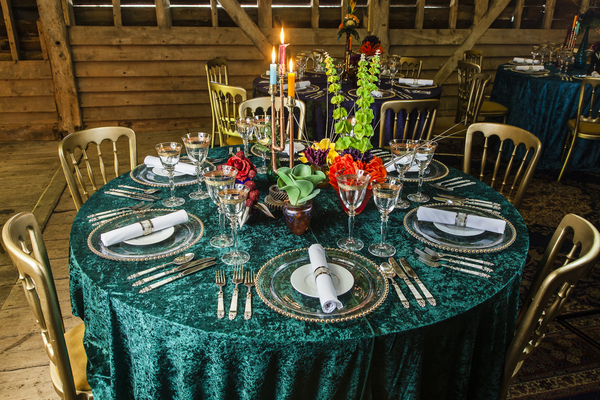 Wedding table with turquoise tablecloth