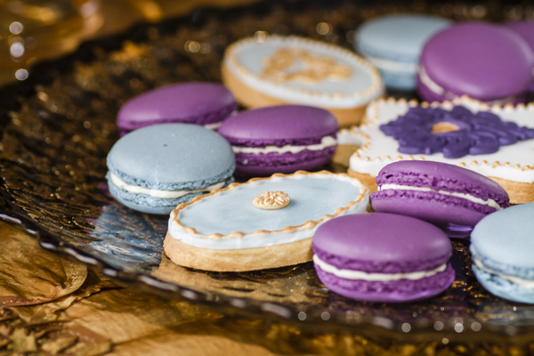 Wedding biscuits and macarons