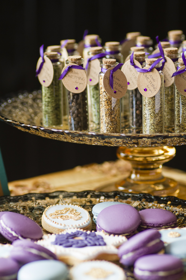 Spice jar wedding favours