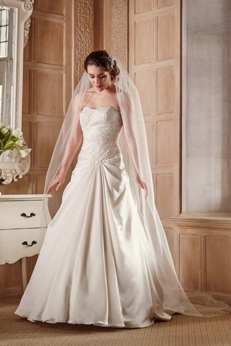 Picture of 2607 Wedding Dress - Benjamin Roberts 2016 Bridal Collection
