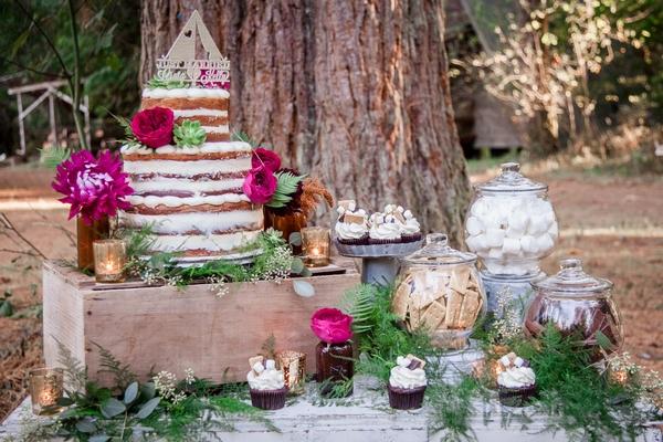 Wedding cake and sweets