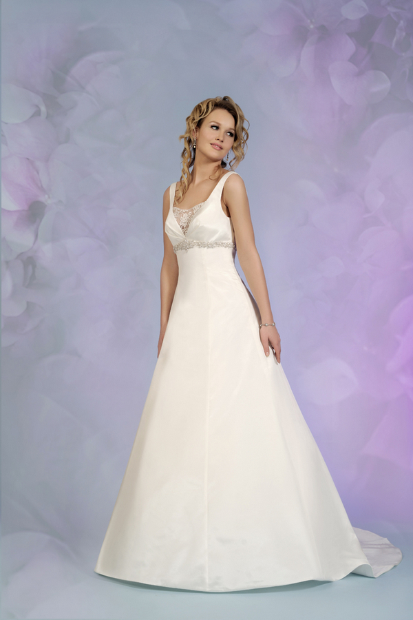 Picture of 5504 Wedding Dress - Tia by Benjamin Roberts 2015 Bridal Collection