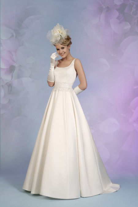 Picture of 5505 Wedding Dress - Tia by Benjamin Roberts 2015 Bridal Collection
