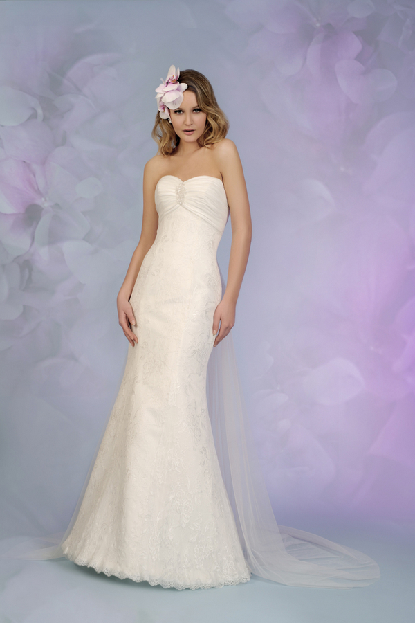 Picture of 5508 Wedding Dress - Tia by Benjamin Roberts 2015 Bridal Collection
