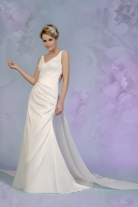 Picture of 5510 Wedding Dress - Tia by Benjamin Roberts 2015 Bridal Collection
