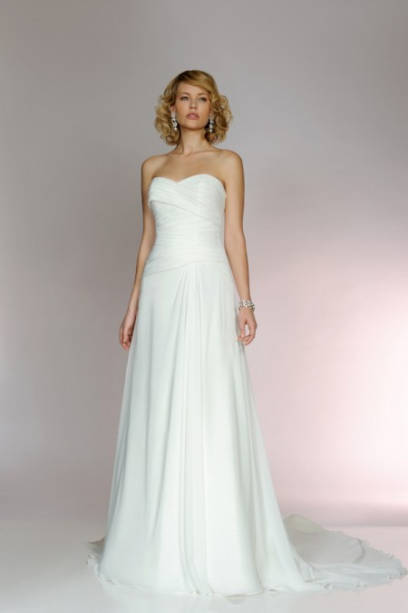 Picture of 5552 Wedding Dress - Tia by Benjamin Roberts 2015 Bridal Collection