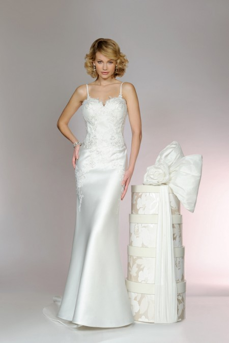Picture of 5558 Wedding Dress - Tia by Benjamin Roberts 2015 Bridal Collection