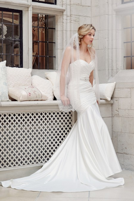 Picture of 5602 Wedding Dress - Tia by Benjamin Roberts 2016 Bridal Collection