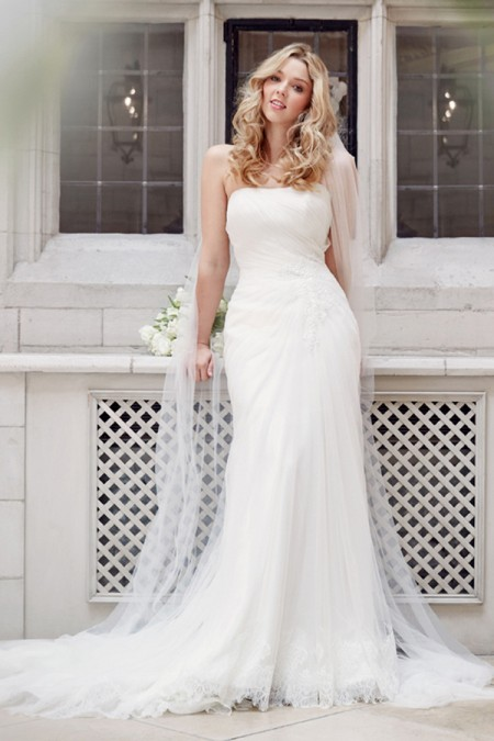 Picture of 5605 Wedding Dress - Tia by Benjamin Roberts 2016 Bridal Collection