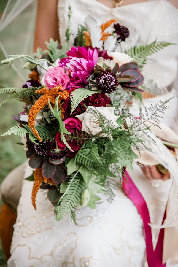 Bride's rustic bouquet