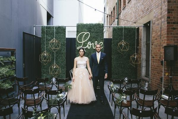 Urban Chic 'Electric Lemon' Wedding Styling