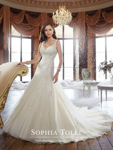 Picture of Y21513 Ryan Wedding Dress - Sophia Tolli Fall 2015 Bridal Collection