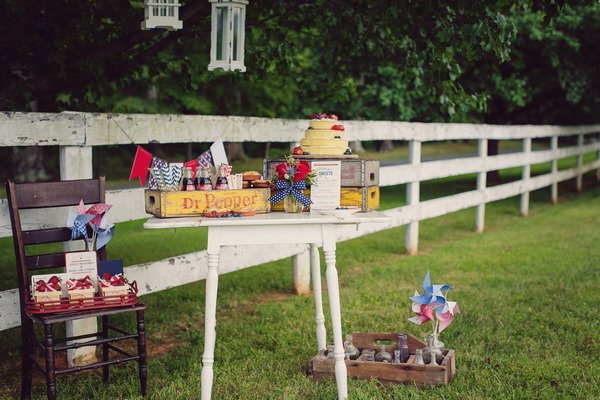 Table of rustic Americana wedding props