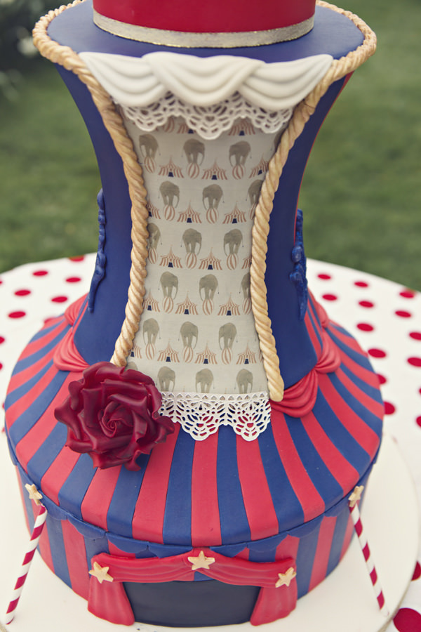 Detail on carnival wedding cake
