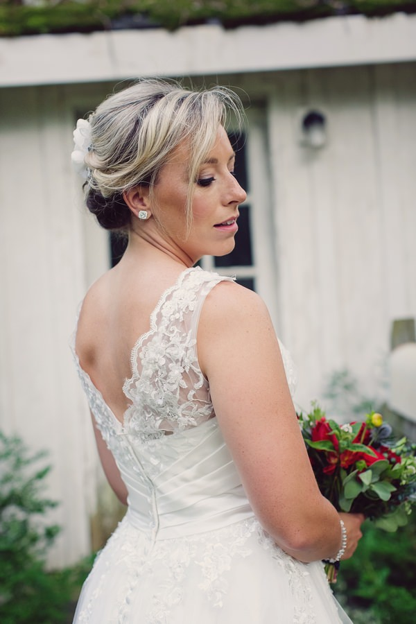 Lace details on back of bride's wedding dress