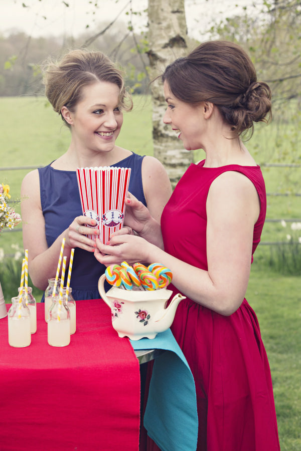 Brides eating popcorn