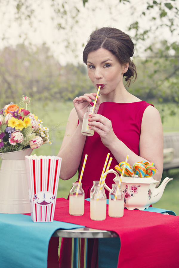 Vintage bride drinking lemonade