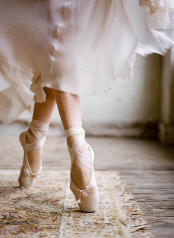 Ballerina bride en pointe