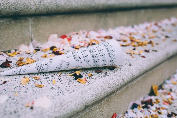 Sheet music confetti cone