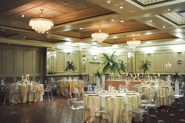 Hollywood glamour style wedding tables in Duke of Cornwall Hotel