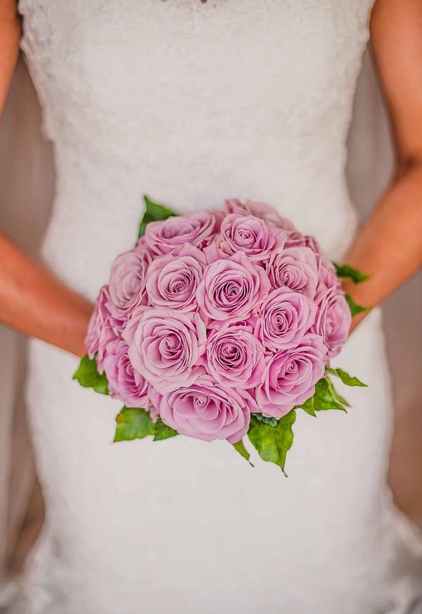 Bride's pink bouquet