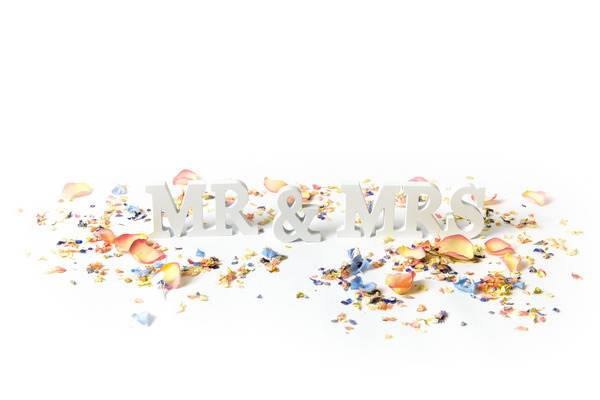 Mr and Mrs Sign with Confetti from Shropshire Petals