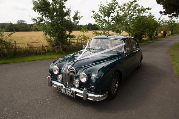 Jaguar MK II wedding car