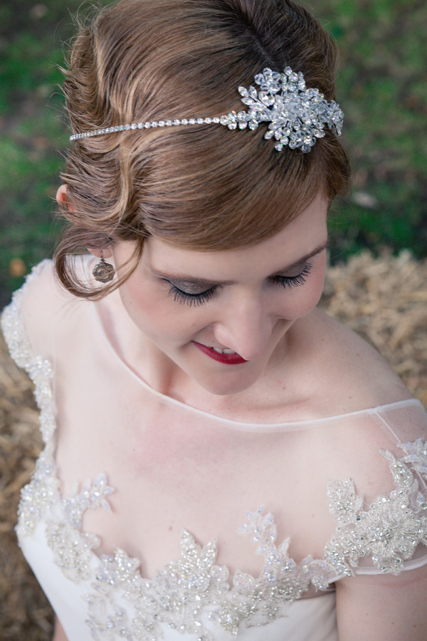 Bride with vintage hairpiece