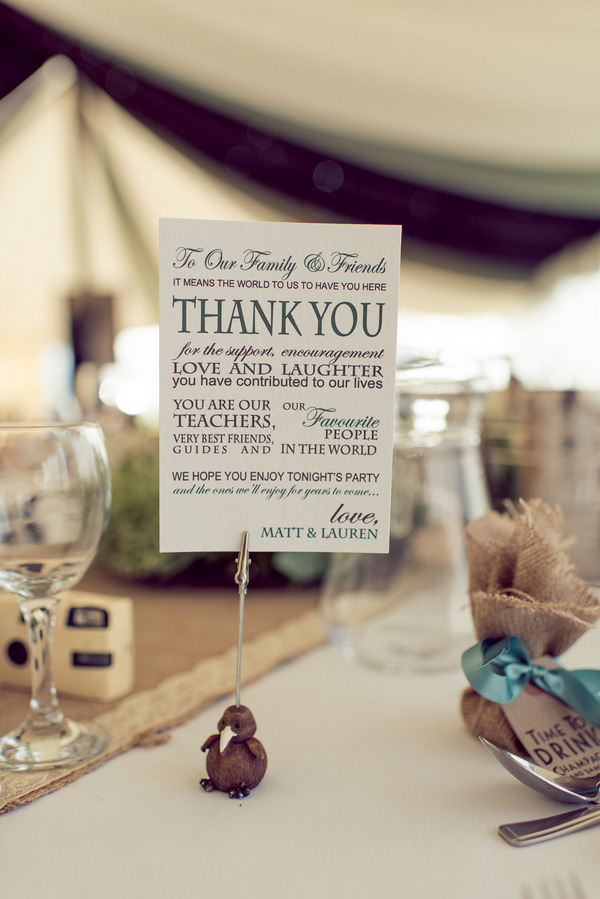 Thank you note on wedding table
