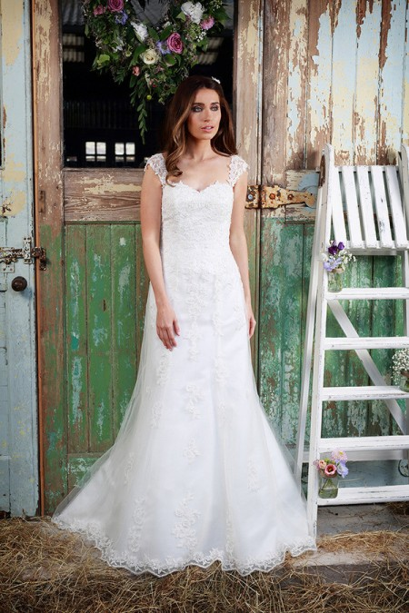 Picture of Adore Wedding Dress - Amanda Wyatt Promises of Love 2016 Bridal Collection