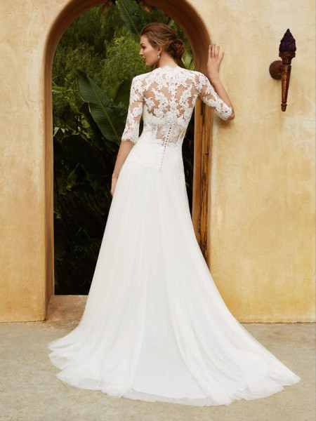 Picture of Back of BT16-01 Wedding Dress - Beautiful by Enzoani 2016 Bridal Collection