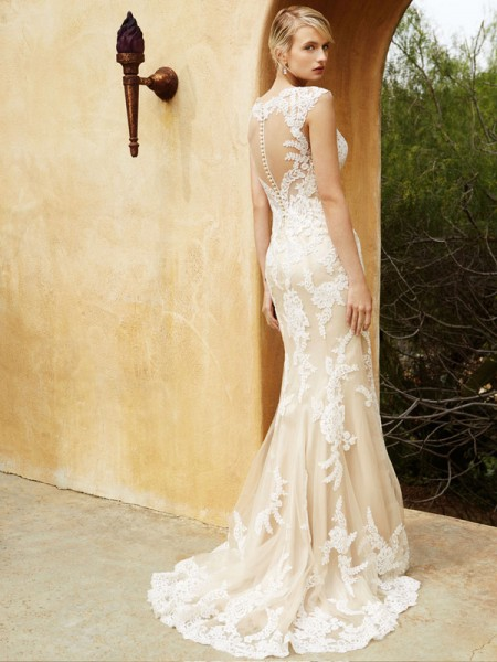 Picture of Back of BT16-04 Wedding Dress - Beautiful by Enzoani 2016 Bridal Collection