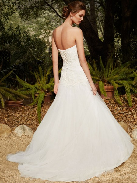 Picture of Back of BT16-10 Wedding Dress - Beautiful by Enzoani 2016 Bridal Collection