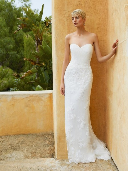 Picture of BT16-11 Wedding Dress - Beautiful by Enzoani 2016 Bridal Collection