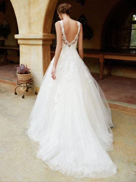 Picture of Back of BT16-13 Wedding Dress - Beautiful by Enzoani 2016 Bridal Collection