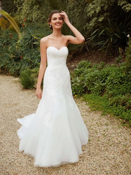 Picture of BT16-16 Wedding Dress - Beautiful by Enzoani 2016 Bridal Collection